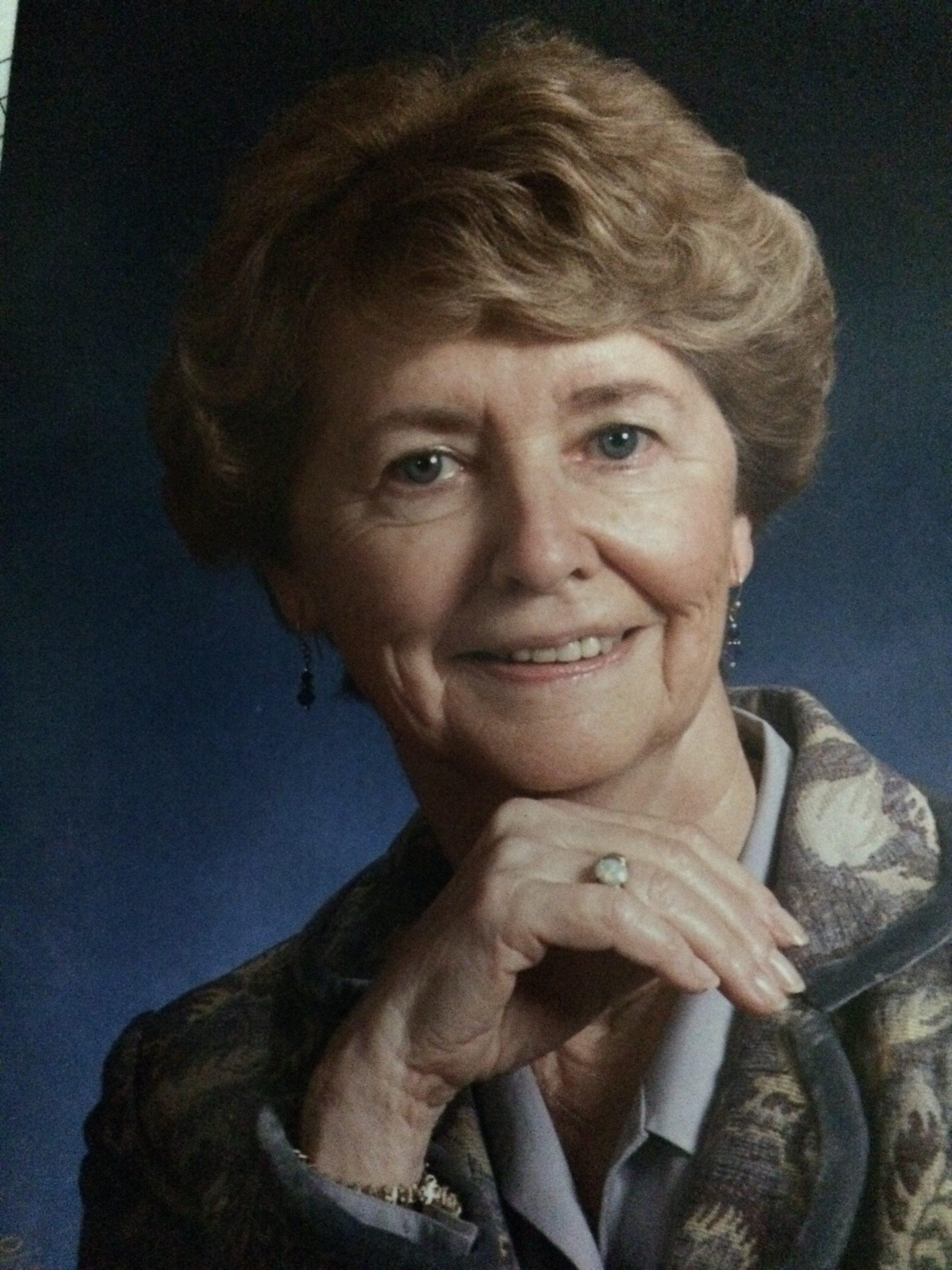 Maureen Hansma Scholarship